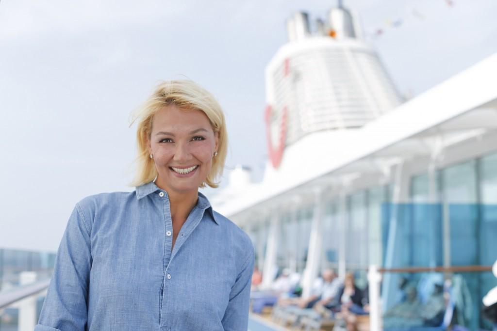 Franziska van Almsick: die Taufpatin der Mein Schiff 4