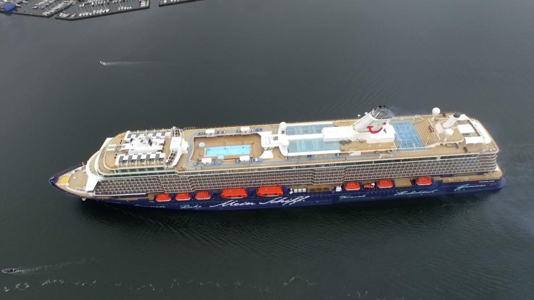 Mein Schiff 4 von oben