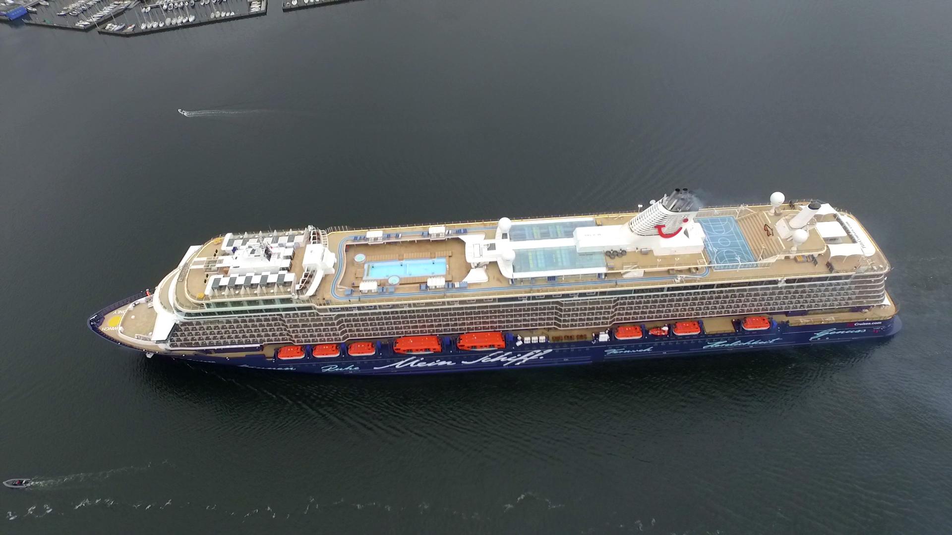 Mein Schiff 4 Wird Zum Fu 223 Ballschiff Mein Schiff Blog