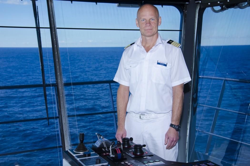 Alles im Griff: Kapitän Todd Burgman auf der Brücke