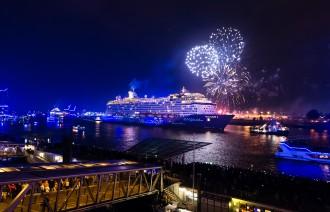 Mein Schiff 4 bei den Hamburg Cruise Days 2015