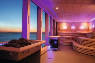 Finnische Sauna bei Nacht auf der Mein Schiff 2
