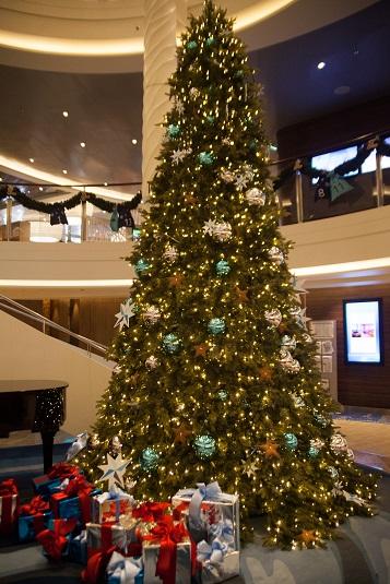 Weihnachtsbaum auf der Mein Schiff