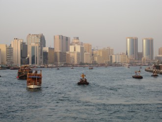 Blick auf die Alstadt Deira und den Dubai Creek