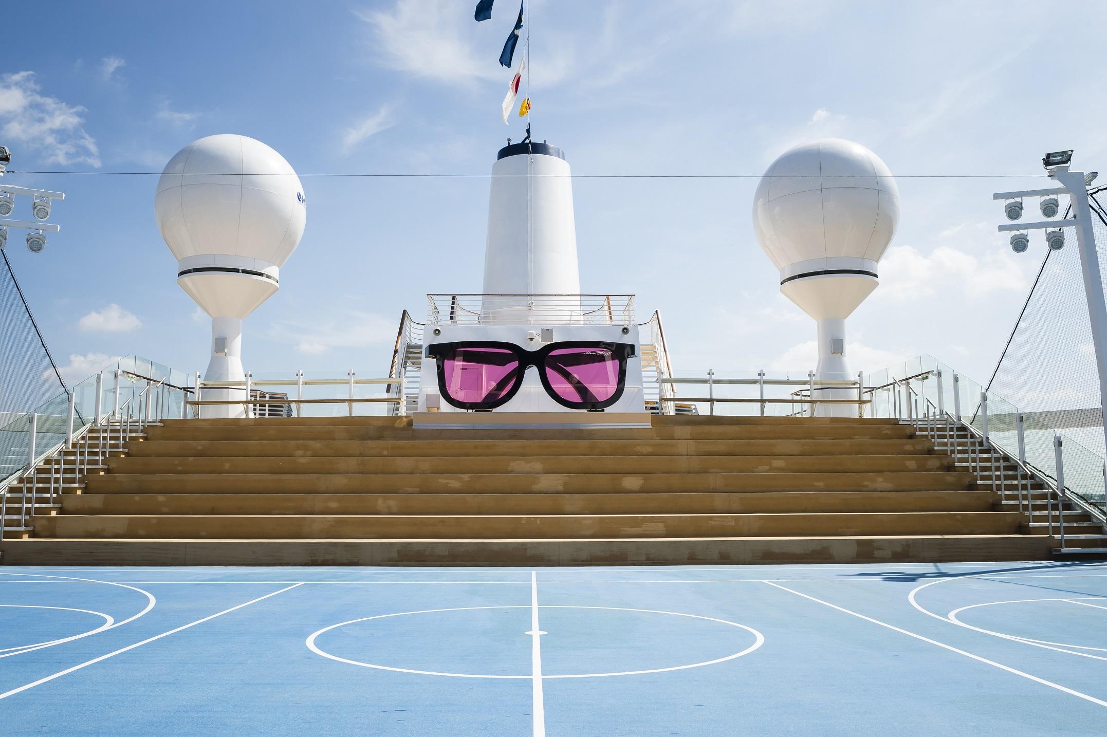 Die Arena auf der Mein Schiff 4