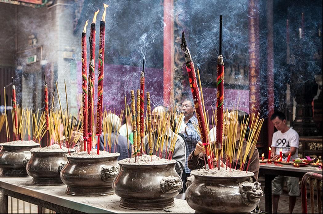 Religiöse Atmosphäre in Ho Chi Minh-Stadt