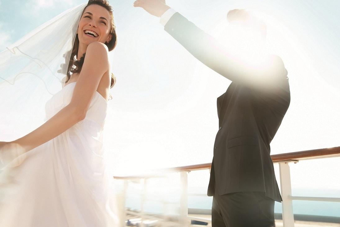 Heiraten auf hoher See mit der Mein Schiff Flotte