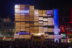 Eröffnung des Klubhaus St.Pauli am 23. September 2015 am Spielbudenplatz in Hamburg. © Oliver Fantitsch