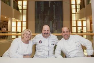 Asiatische Gaumenfreude bei der Jubiläums-Gourmetreise 2016 – Johann Lafer, Léa Linster und Hans Peter Fink auf der Mein Schiff 1 in Asien