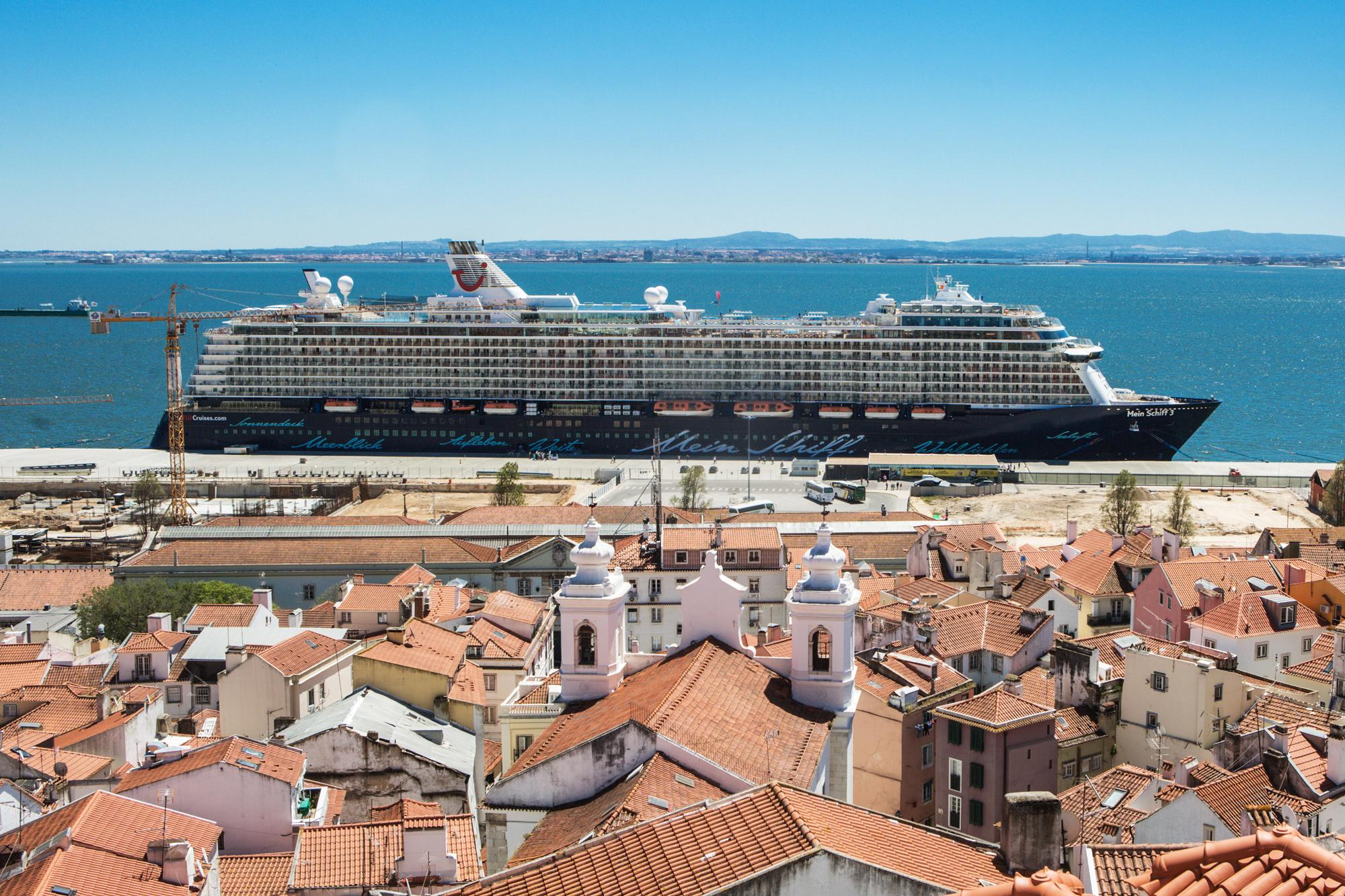 Während des Rockliner 4: Die Mein Schiff 3 in Lissabon