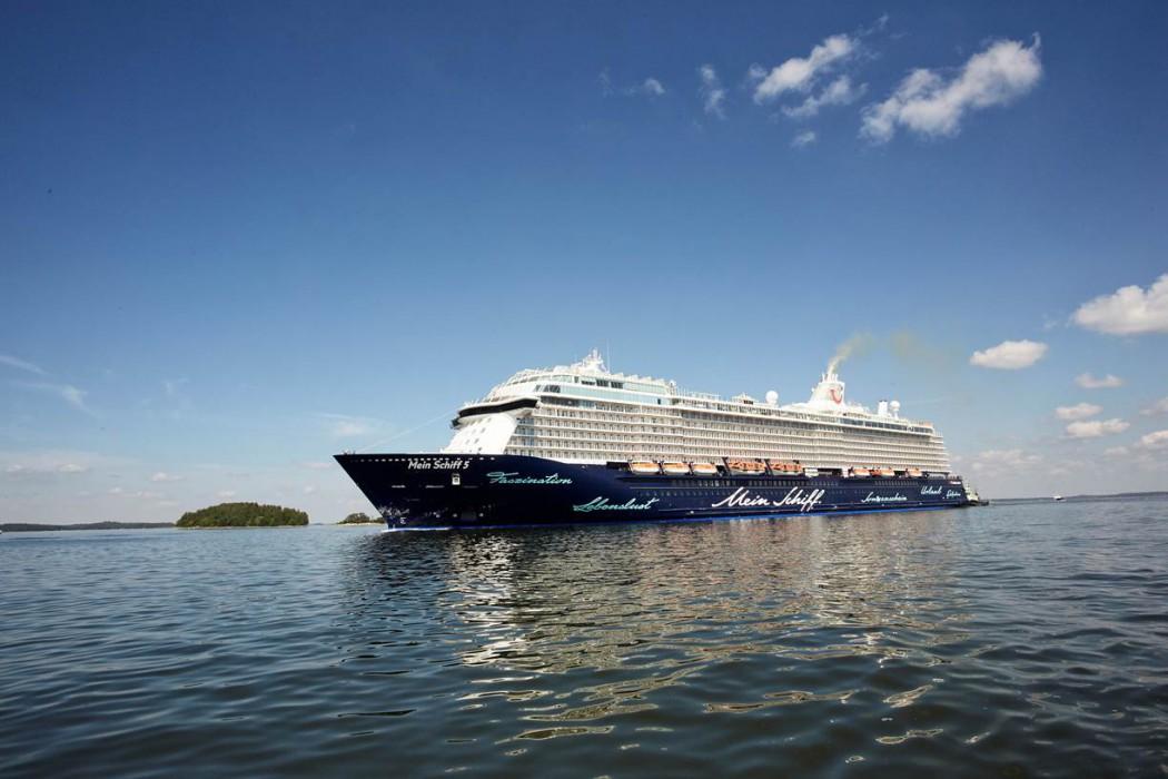 Die Mein Schiff 5 auf dem Weg nach Deutschland (c) Stefan Pielow für TUI Cruises