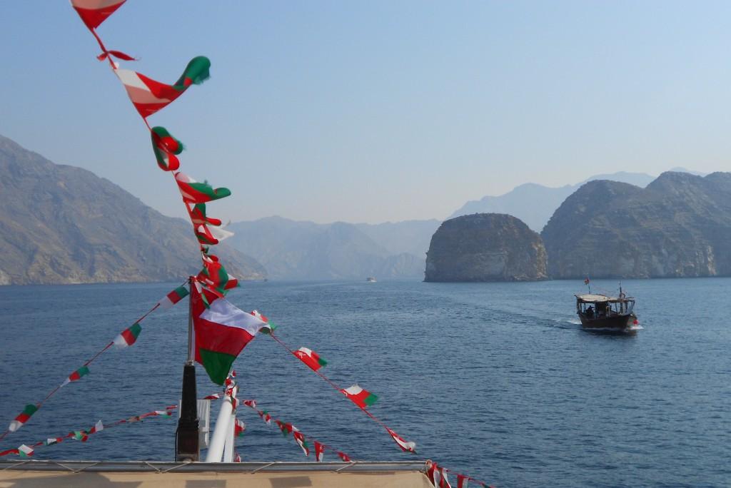 Mit einer Dhau durch den längsten Fjord vor Khasab