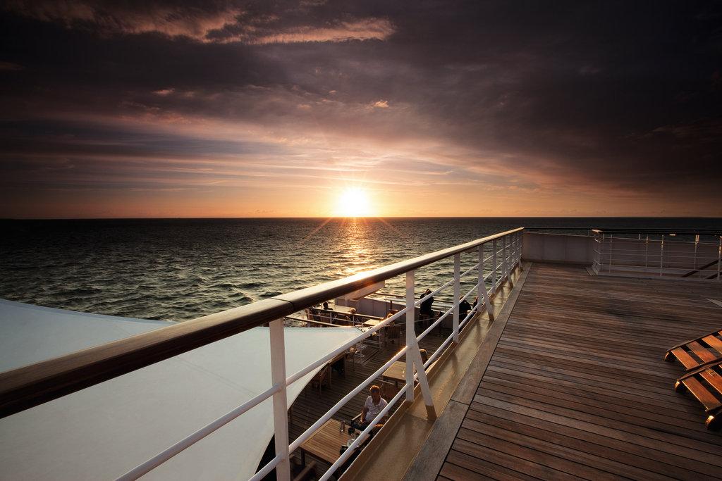 Unbezahlbar: Ein Sonnenuntergang an Bord der Mein Schiff Flotte