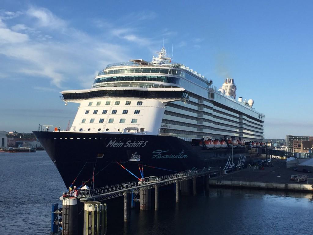 Da ist sie: Die Mein Schiff 5 von TUI Cruises