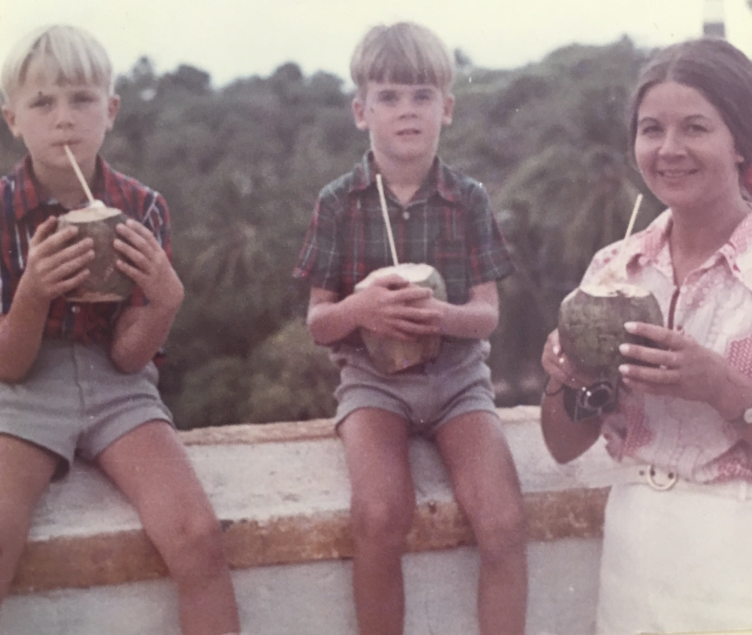 Mein Schiff Gastautor Frank 1970 mit Mutter Christel und Bruder Ulf