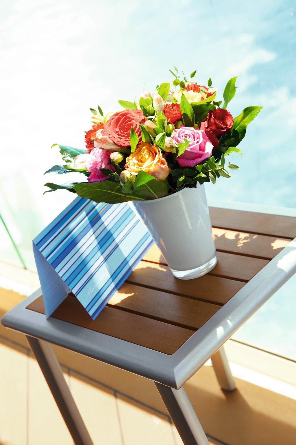 Blumengrüße auf der Mein Schiff Flotte von TUI Cruises