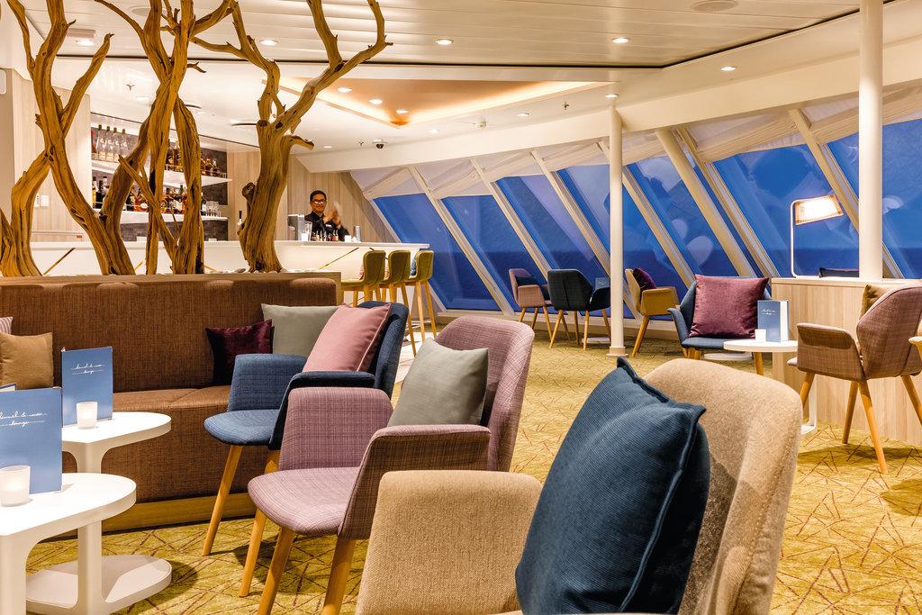 Die Himmel und Meer Lounge auf der Mein Schiff 4