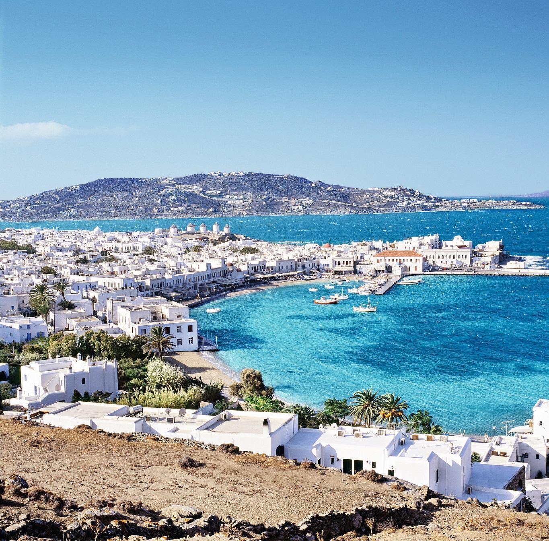 Die Stadt und der Hafen von Mykonos City