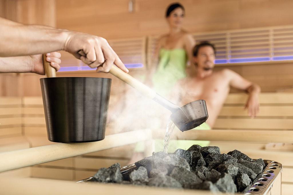Aufguss in der Sauna der Mein Schiff 5