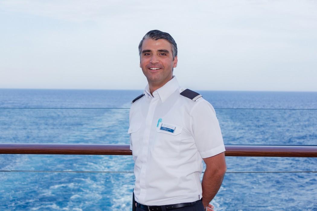 Mein Schiff Urlaubsheld: Ben Hadj Hassine Bechir, Gastgeber auf der Mein Schiff 5