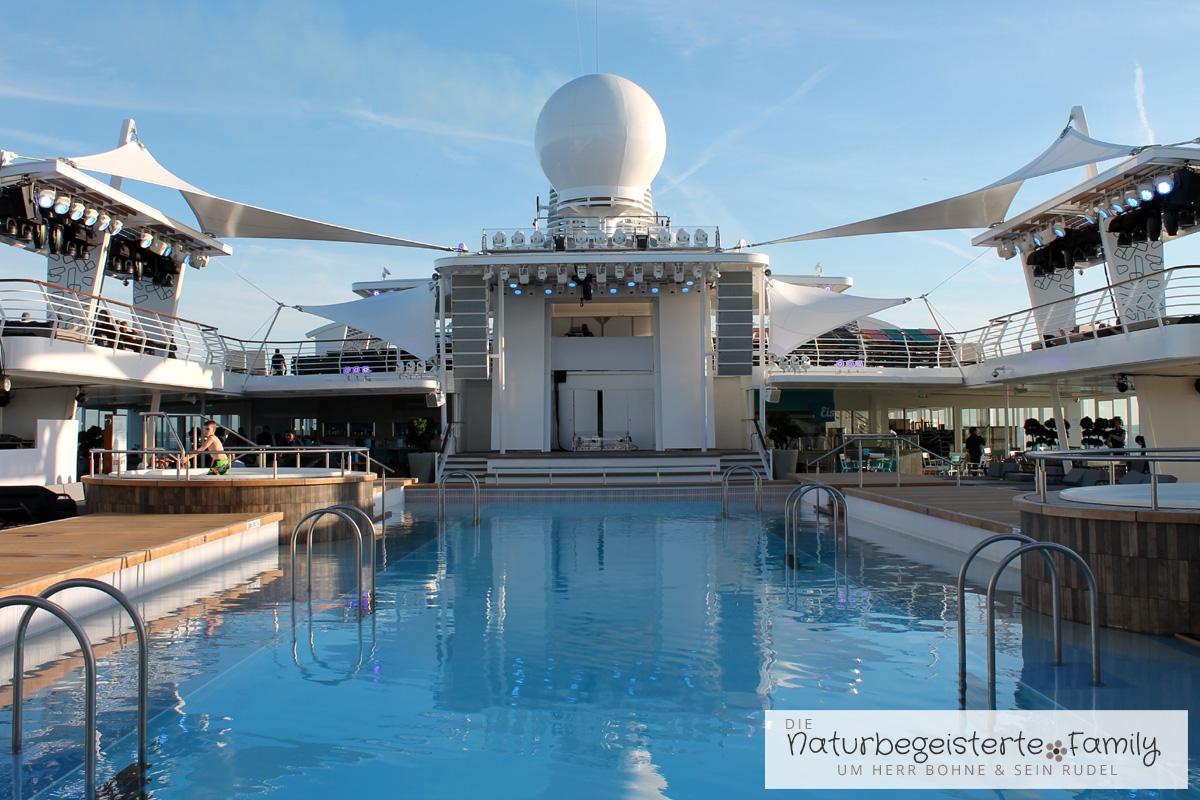 Der 25 Meter-Pool der Mein Schiff 6