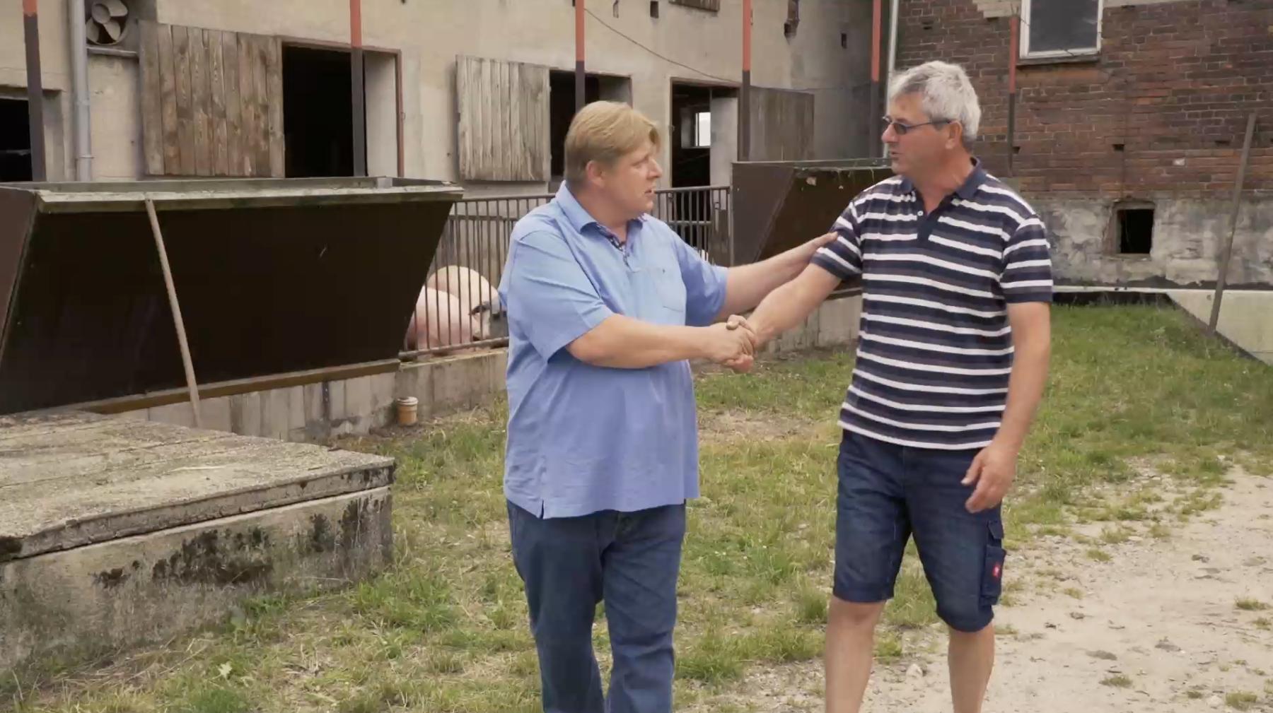 Mein Schiff Chefkoch Rupert Kien mit Landwirt Sven Gürth