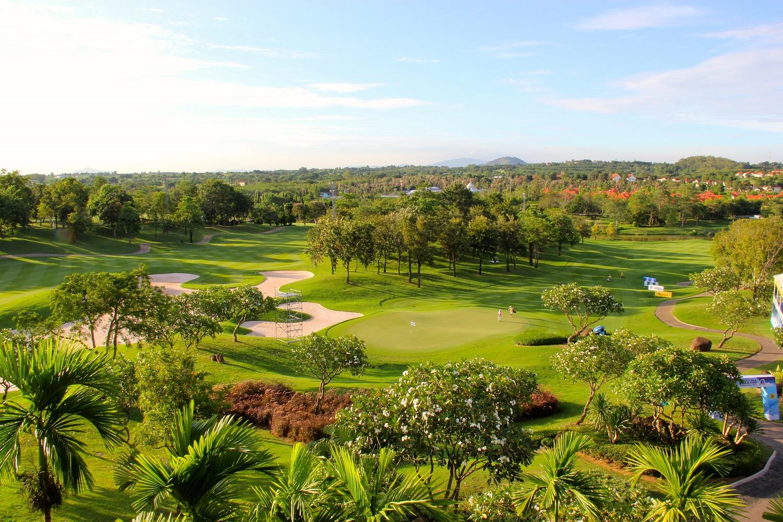 Golfen in Asien: Eine Partie Golf auf dem Laem Chabang International Country Golfclub.