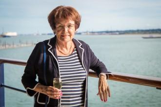 Steht gern an der Reling der Mein Schiff Flotte: Ingrid Malmström