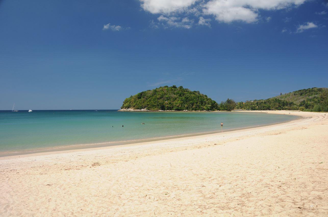 Phuket - Hier kommen die Sonnenanbeter auf ihre Kosten.