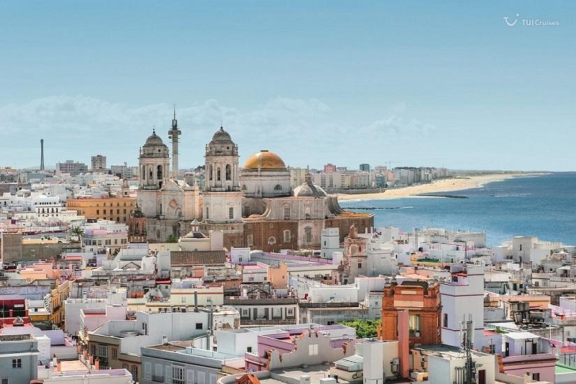 Mein Schiff Reiseziel: Die Stadt Cádiz in Spanien
