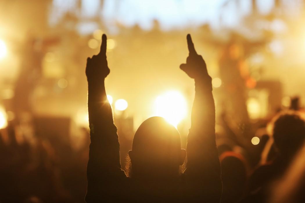 Auf den musikalischen Kreuzfahrten von TUI Cruises wird gefeiert