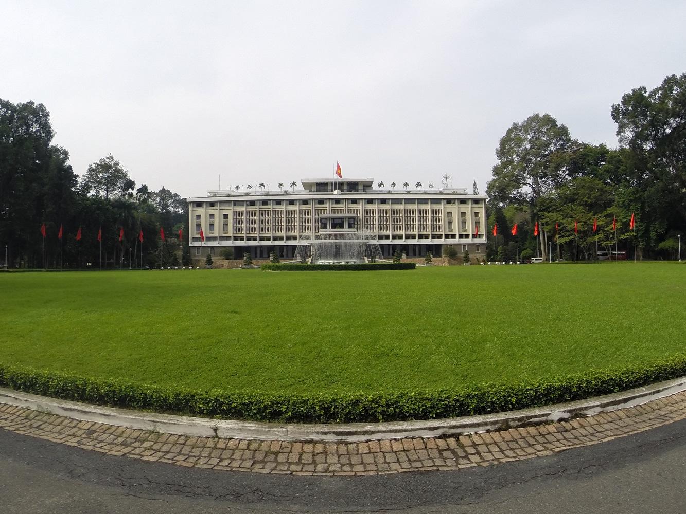 70er-Jahre Charme: der einstige Präsidentenpalast in Ho-Chi-Minh Stadt