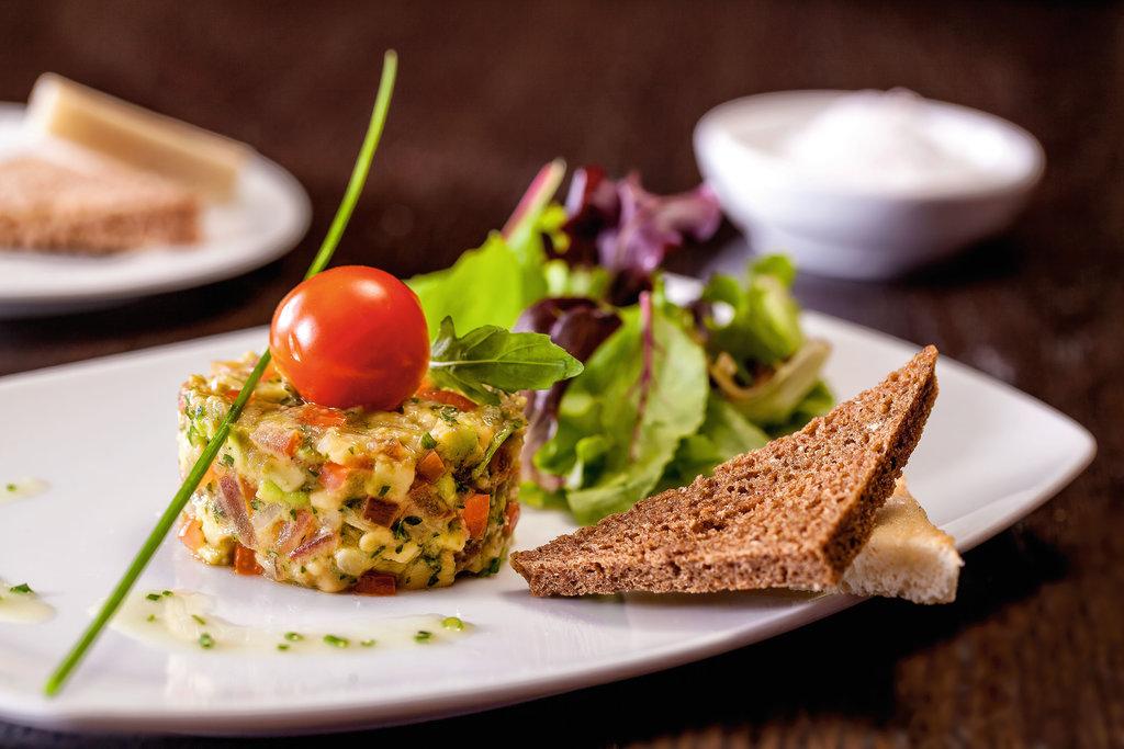 Leckere Vorspeise im Restaurant Atlantik: Avocadotarte
