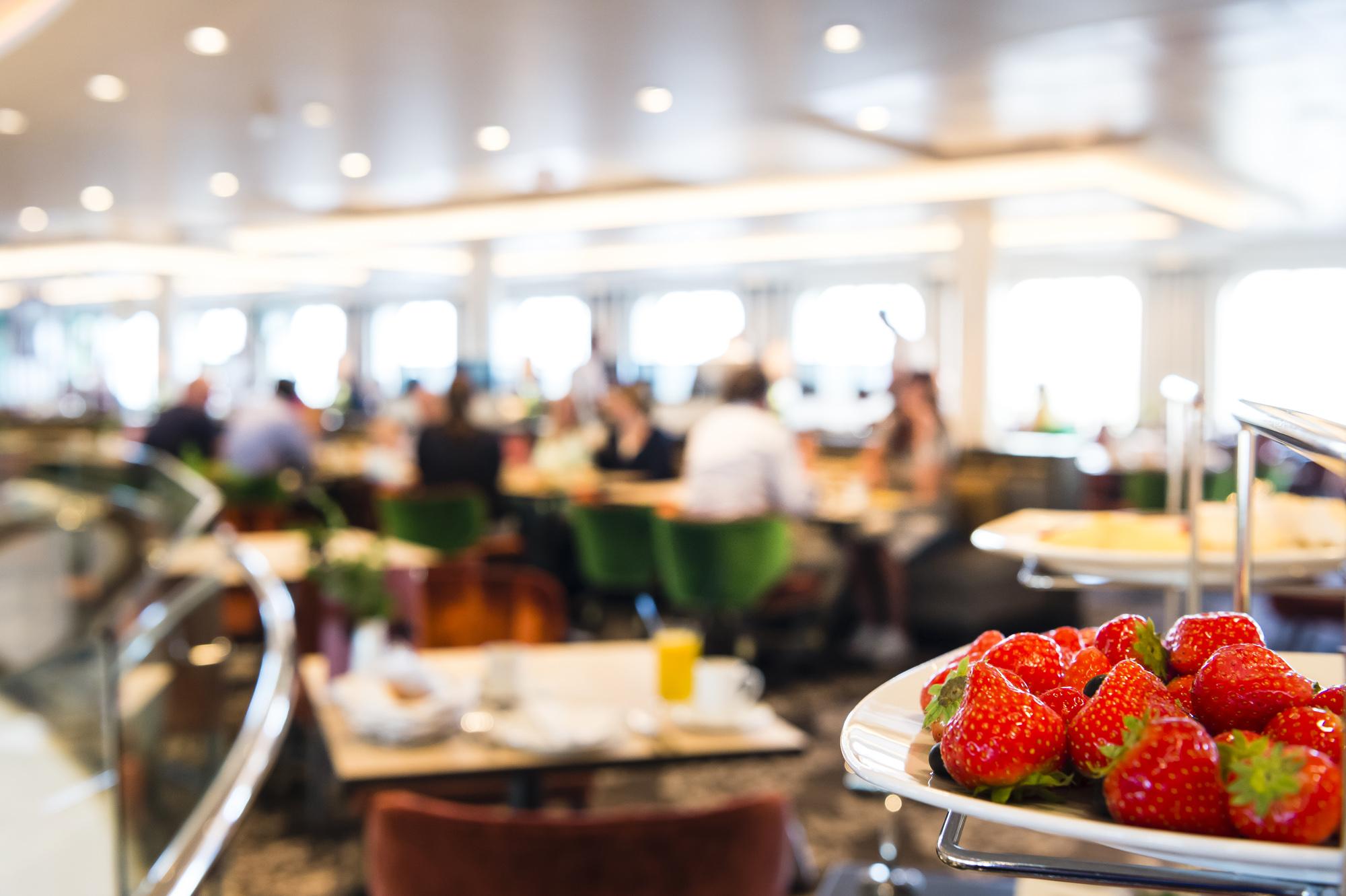 Frühstück im Atlantik Klassik an Bord der Mein Schiff Flotte