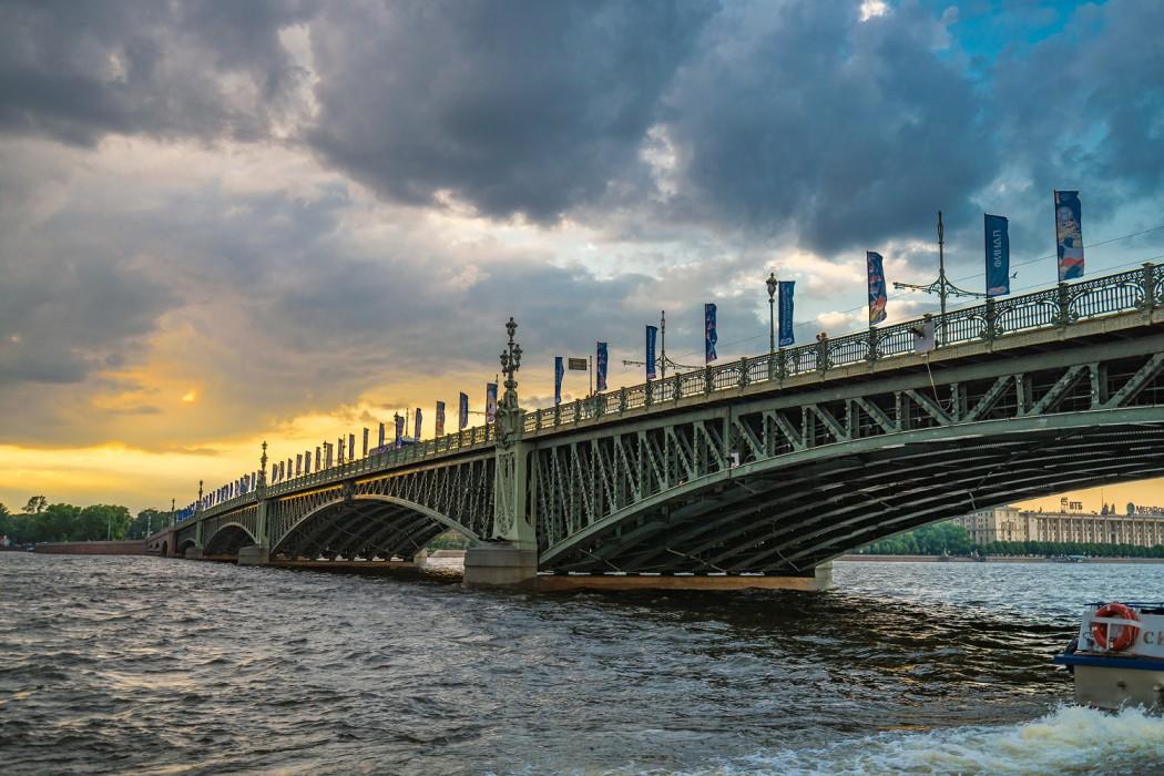 Typisch für das Stadtbild von St. Petersburg: Die zahlreichen Brücken