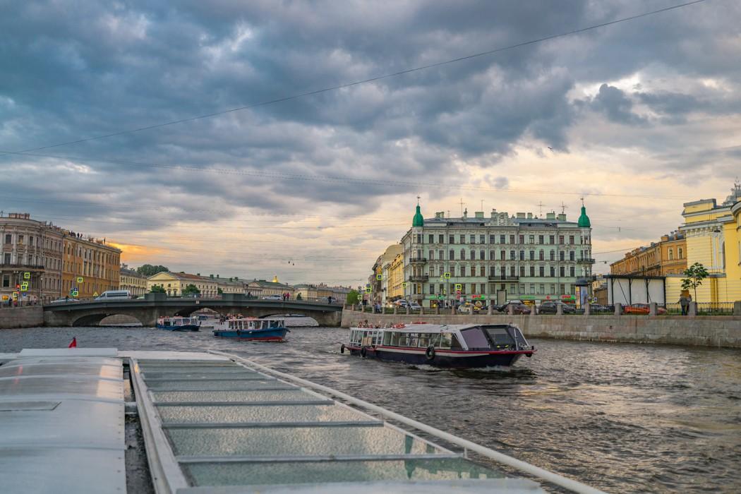 Wegen der zahlreichen malerische Kanäle wird Sankt Petersburg häufig als das Venedig des Nordens bezeichnet