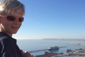 Mattis (9) hat Mein Schiff Kreuzfahrtfieber