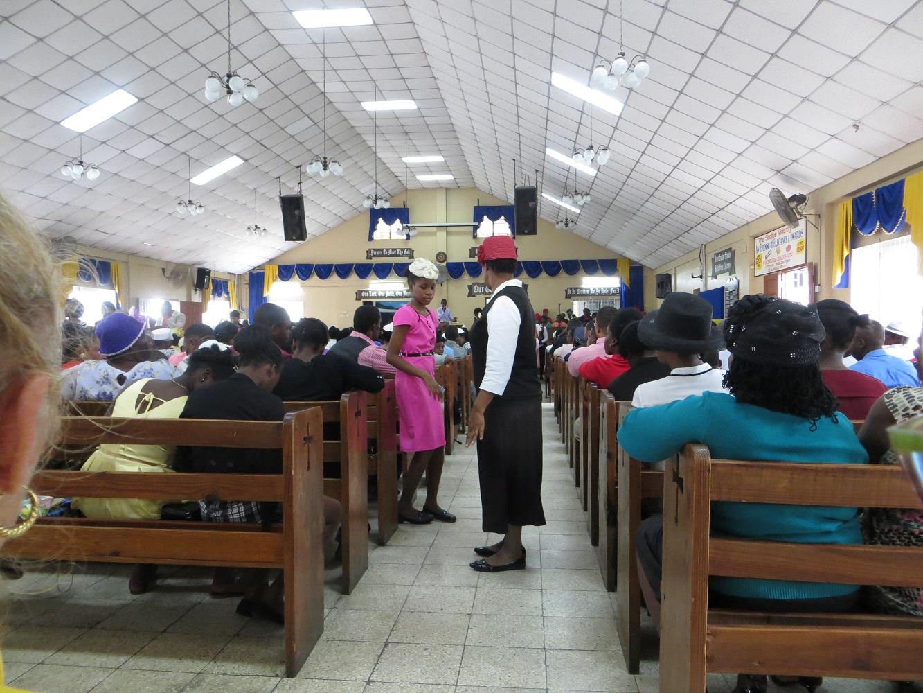 Gottesdienst in der örtlichen Bethelgemeinde bei einer Mein Schiff Kreuzfahrt