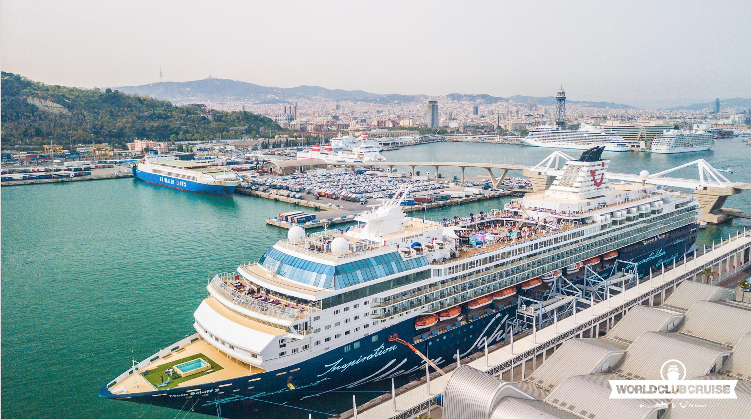 Die Mein Schiff 2 im Hafen (c)2018 by BigCityBeats