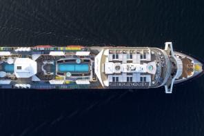 Die neue Mein Schiff 2 von oben