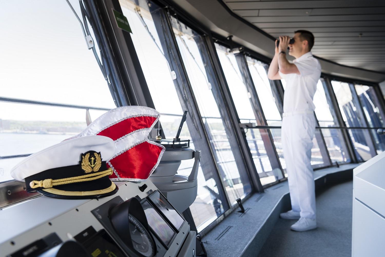 Kurs Richtung Karneval: Der Jeckliner von TUI Cruises kommt