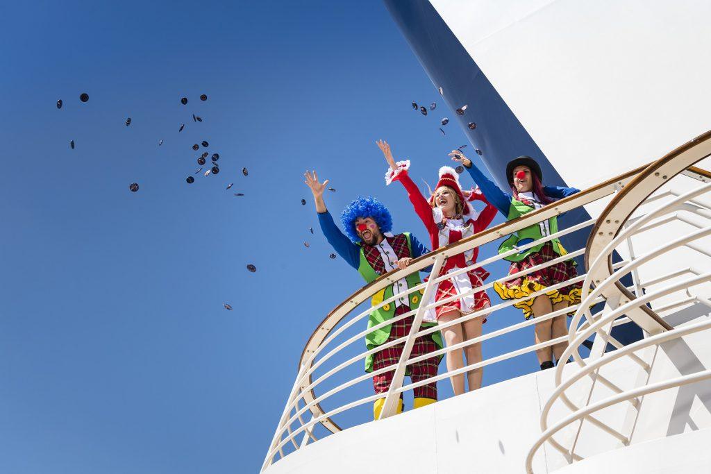 Helau, Alaaf und Ahoi heißt es auf dem Jeckliner von TUI Cruises