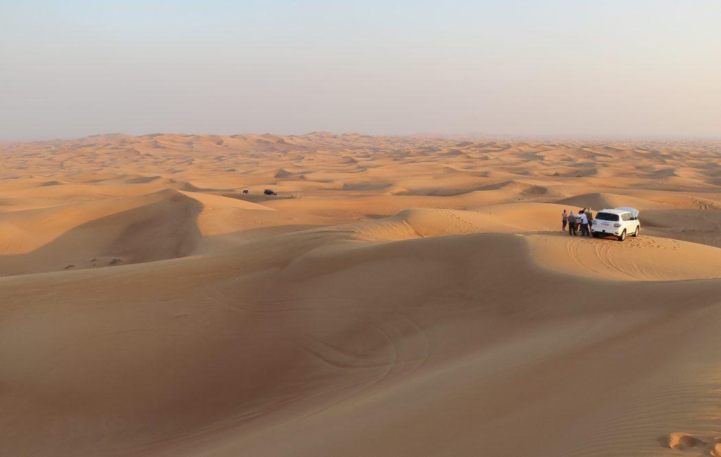 Jeep-Tour in die Wüste Dubais mit der Mein Schiff Flotte