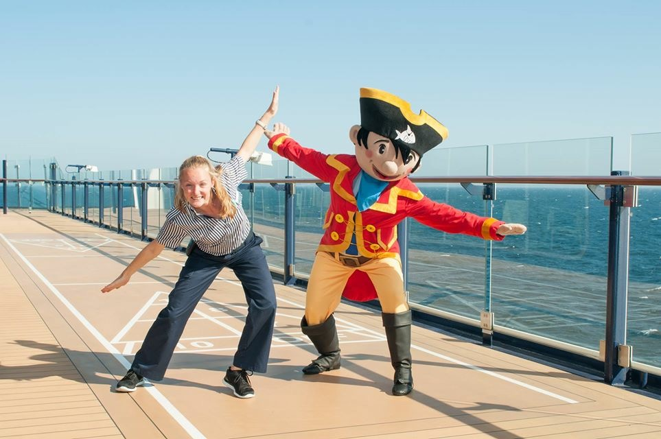 Anna Maria Steinbacher: Kids-Club Leitung und Urlaubsheldin der Mein Schiff Flotte
