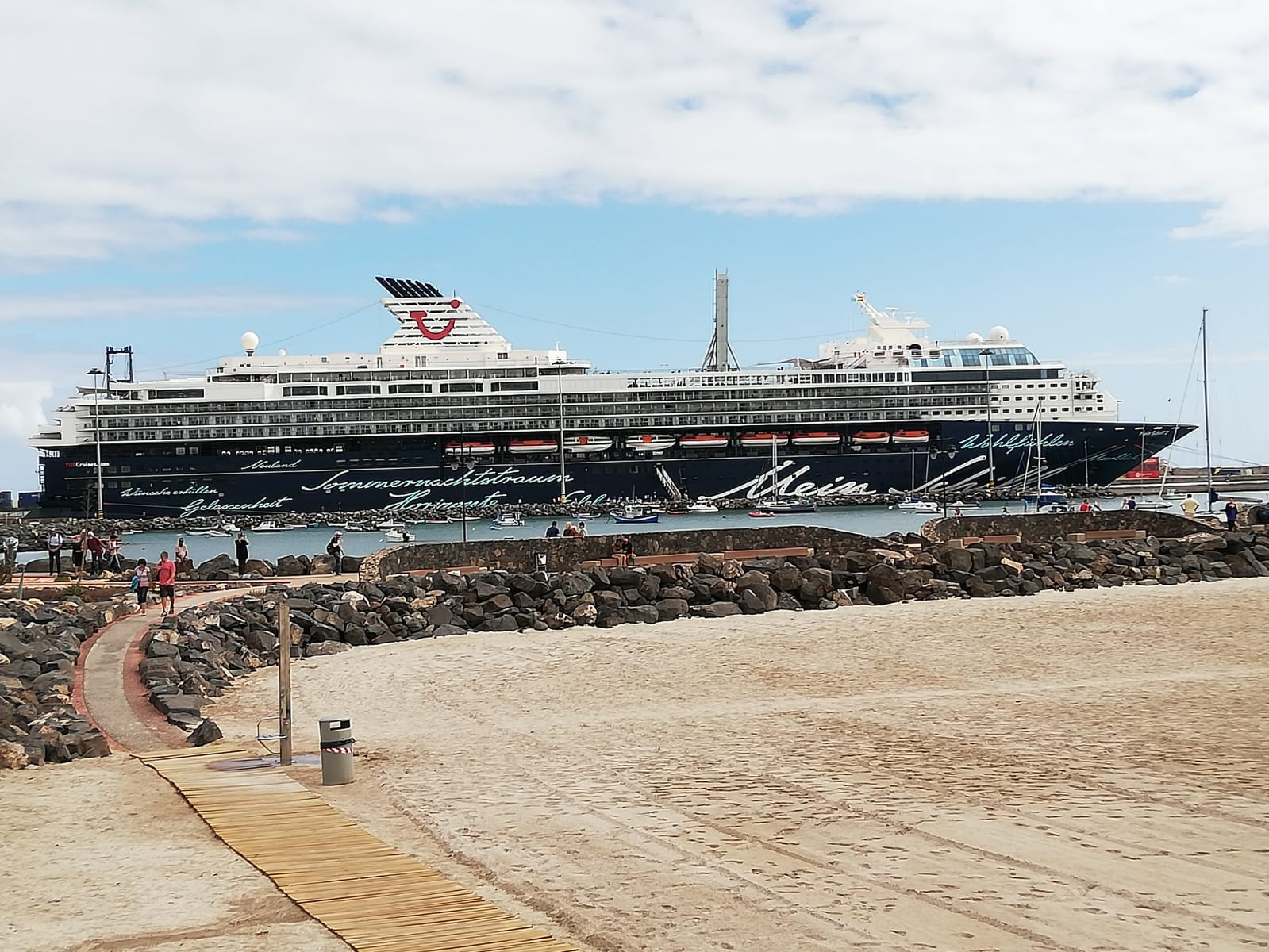 Die Mein Schiff 2, bald Mein Schiff Herz, von TUI Cruises