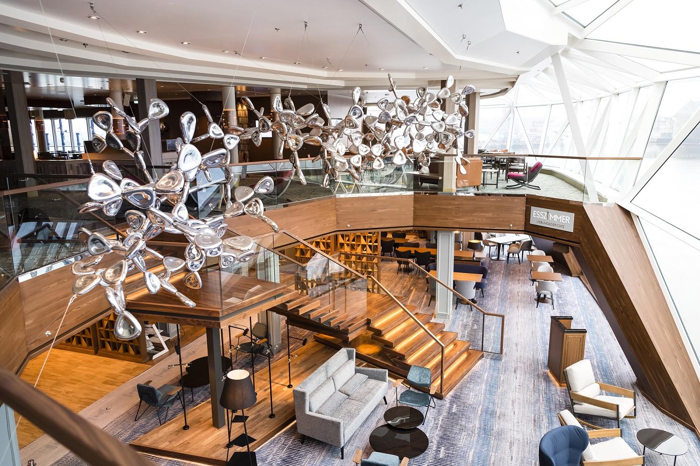 Das Esszimmer im Diamanten der neuen Mein Schiff 2 von TUI Cruises
