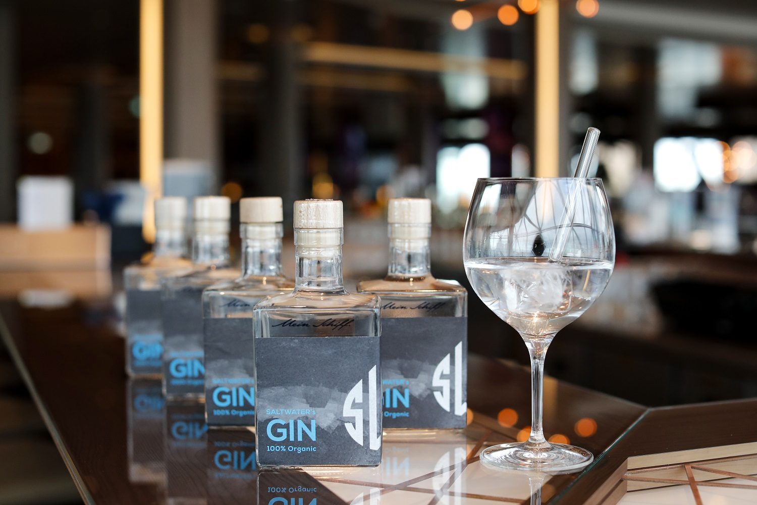 Die Editionsflaschen des Mein Schiff Gins (Photo by Franziska Krug/Getty Images for TUI Cruises)