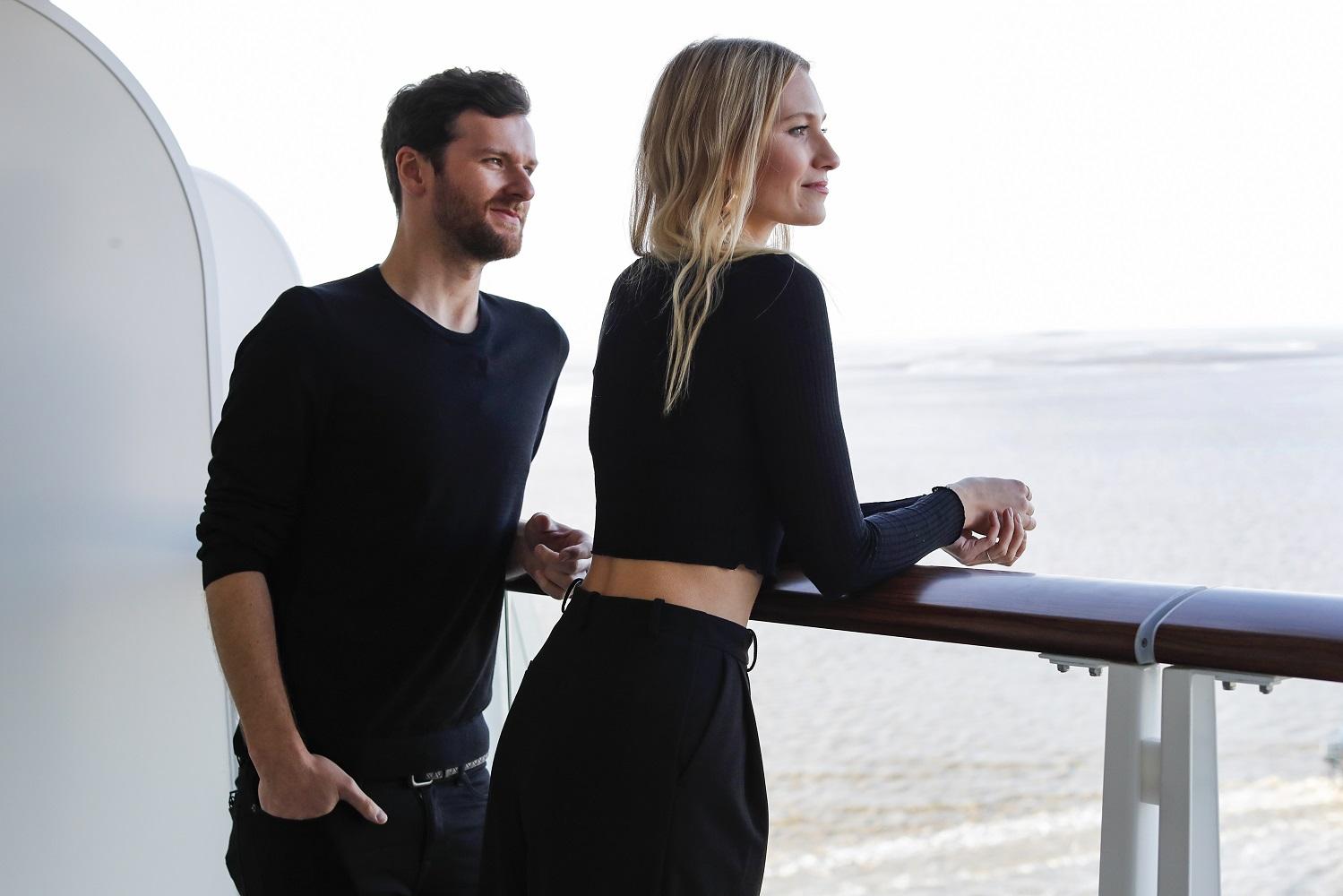 Das Elektropop Duo Glasperlenspiel (Daniel Grunenberg und Carolin Niemczyk) entdeckt die neue Mein Schiff 2 (Photo by Franziska Krug/Getty Images for TUI Cruises)