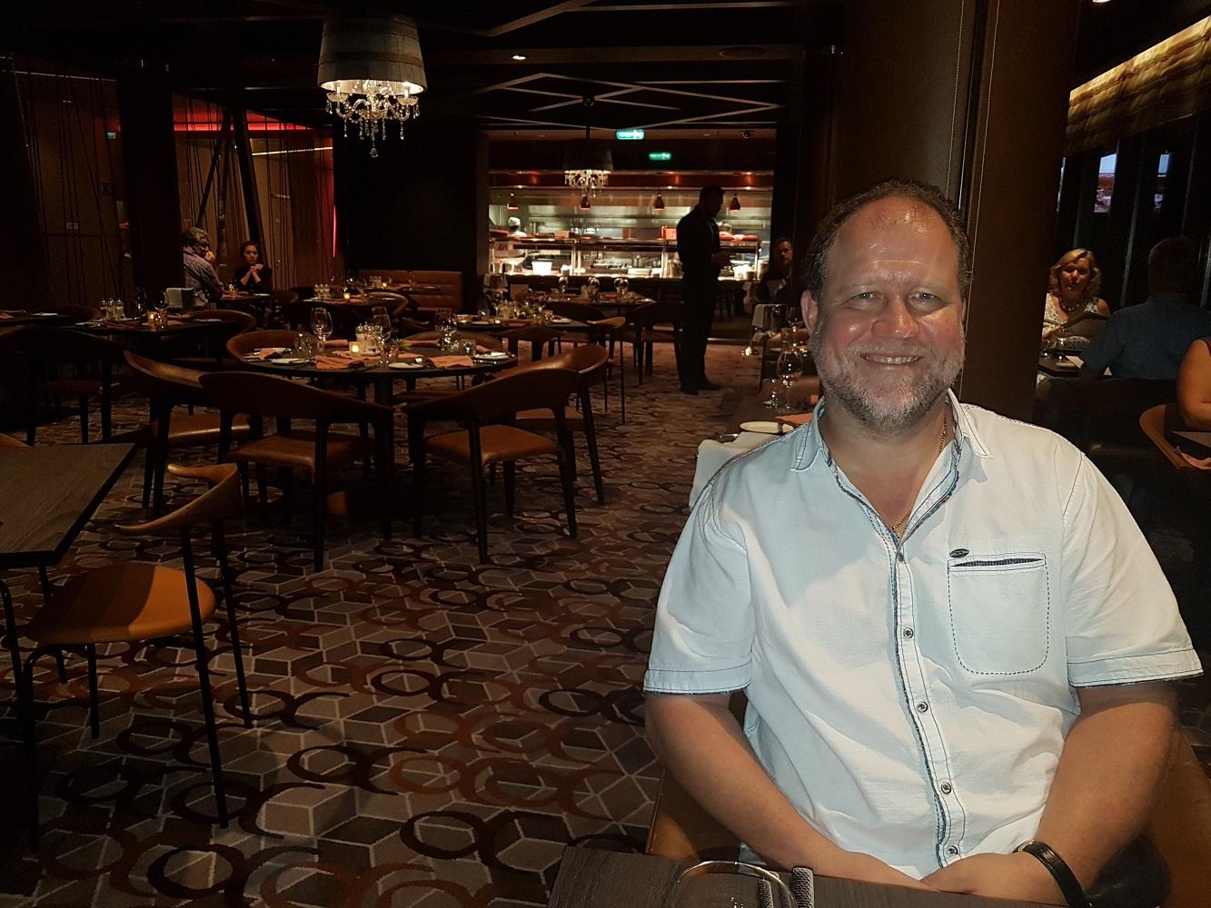 Mein Schiff Gast Lutz Vieweg im Steakhouse Surf & Turf