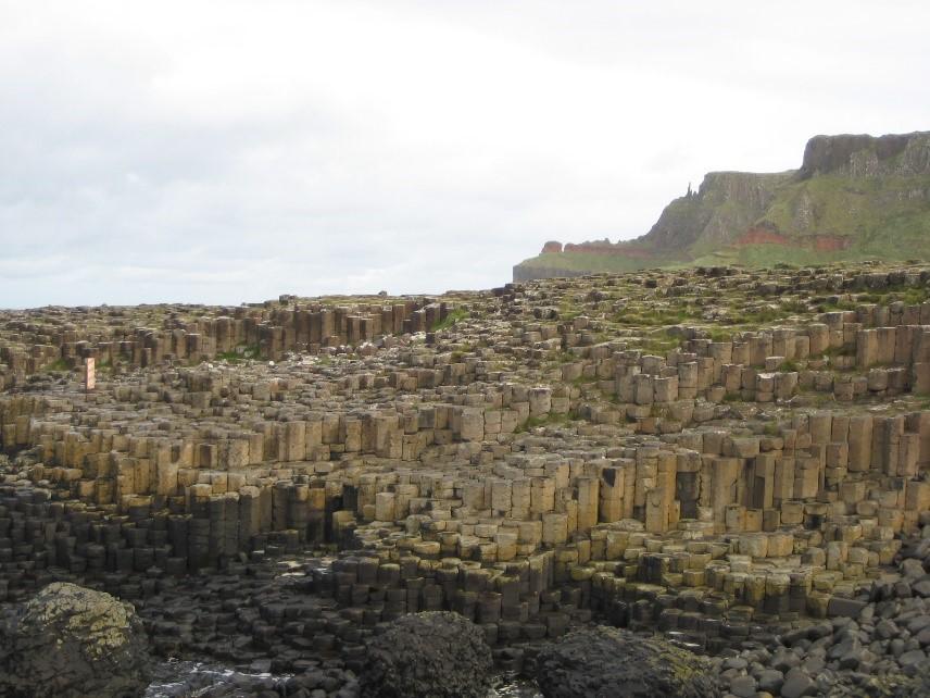 Mein Schiff Sehenswürdigkeit: Der Giant's Causeway besteht aus etwa 40.000 gleichmäßig geformten Basaltsäulen